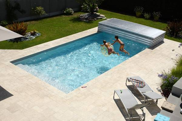 abri piscine telescopique prix
