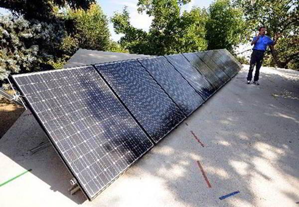 combien de panneau solaire pour une maison